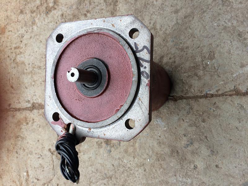 三相电机YDF-231-4/0.75kw